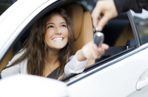 ¡Sácate el carnet de coche o moto!