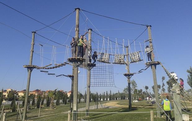 Circuito a reo de cuerdas y tirolinas descuento 52 1 for Kiosko alqueria